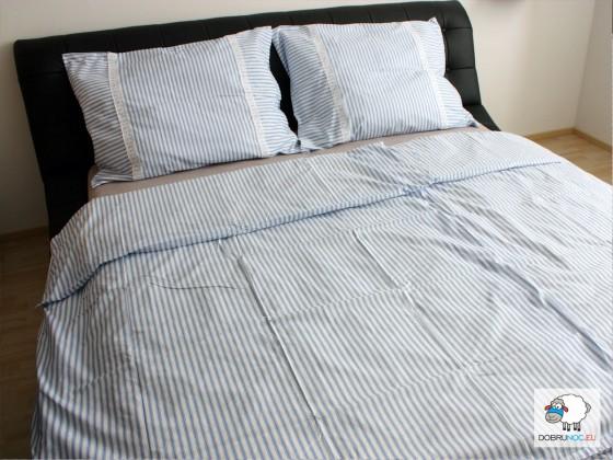 Bavlnené posteľné obliečky: Belasé prúžky s čipkou