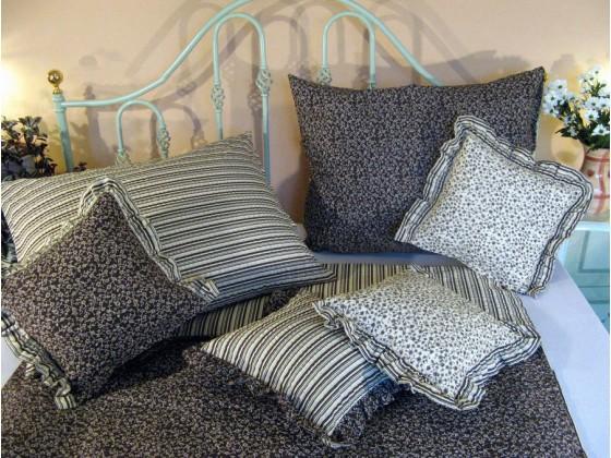 Krepové posteľné obliečky: Banánové kvietky a prúžky