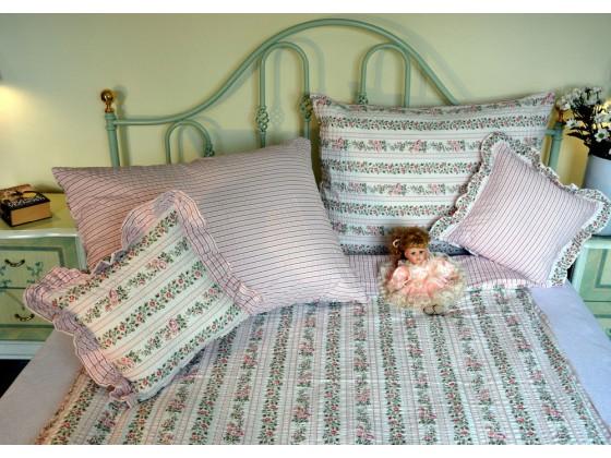 Krepové posteľné obliečky: Ružové kvietky a prúžky