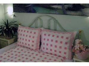 Bavlnené posteľné obliečky: Ružové štvorčeky s volánom